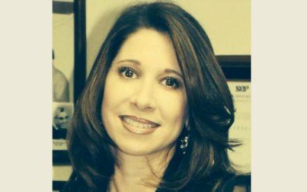 IEE BC propone a la periodista Lorena Fimbres como moderadora de debate