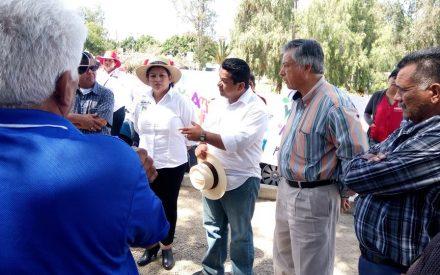 Apoyan taxistas azul y blanco a Benja Gómez