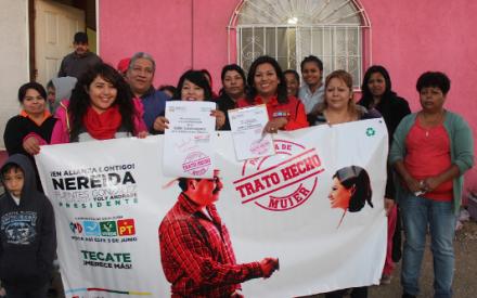 Firma candidata Nereida Fuentes dos nuevos compromisos