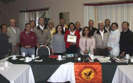 Presenta Nereida Fuentes el sistema de alarma vecinal ante Grupo Madrugadores