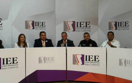 Destaca Benja Gómez en debate de candidatos a diputados por el VII Distrito