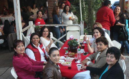 Nereida Fuentes invita a los tecatenses a votar y a convertir a Tecate en la mejor ciudad de B.C.
