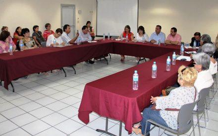 Comisión de diputados convocara a funcionarios estatales para solucionar problema de maestros jubilados