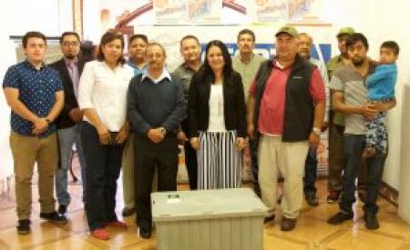 CESPTE entrega trampas de grasa a comerciantes de la Av. Juárez