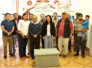 CESPTE entrega trampas de grasa a comerciantes de la avenida juárez