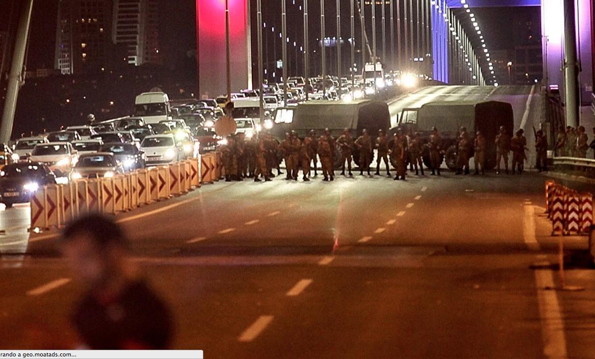 Golpe de Estado en Turquía militares toman el control