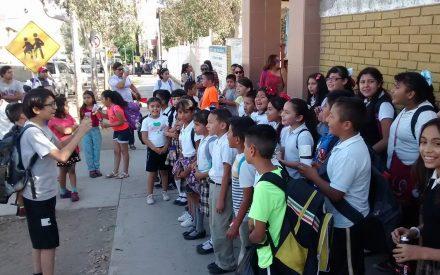Ganadores de Canto a Tecate no reciben apoyo de su escuela