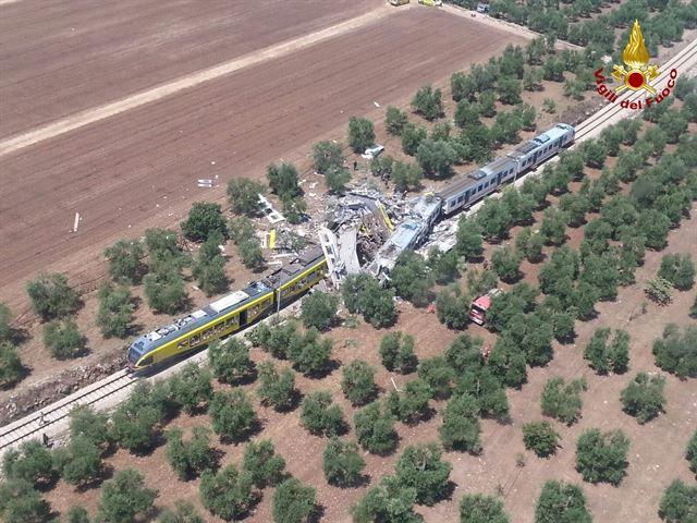 Choque de trenes al sur de Italia deja 20 muertos y 18 heridos de gravedad