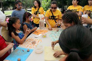 Niños y jóvenes se divirtieron en la Primer Feria de las Artes UABC