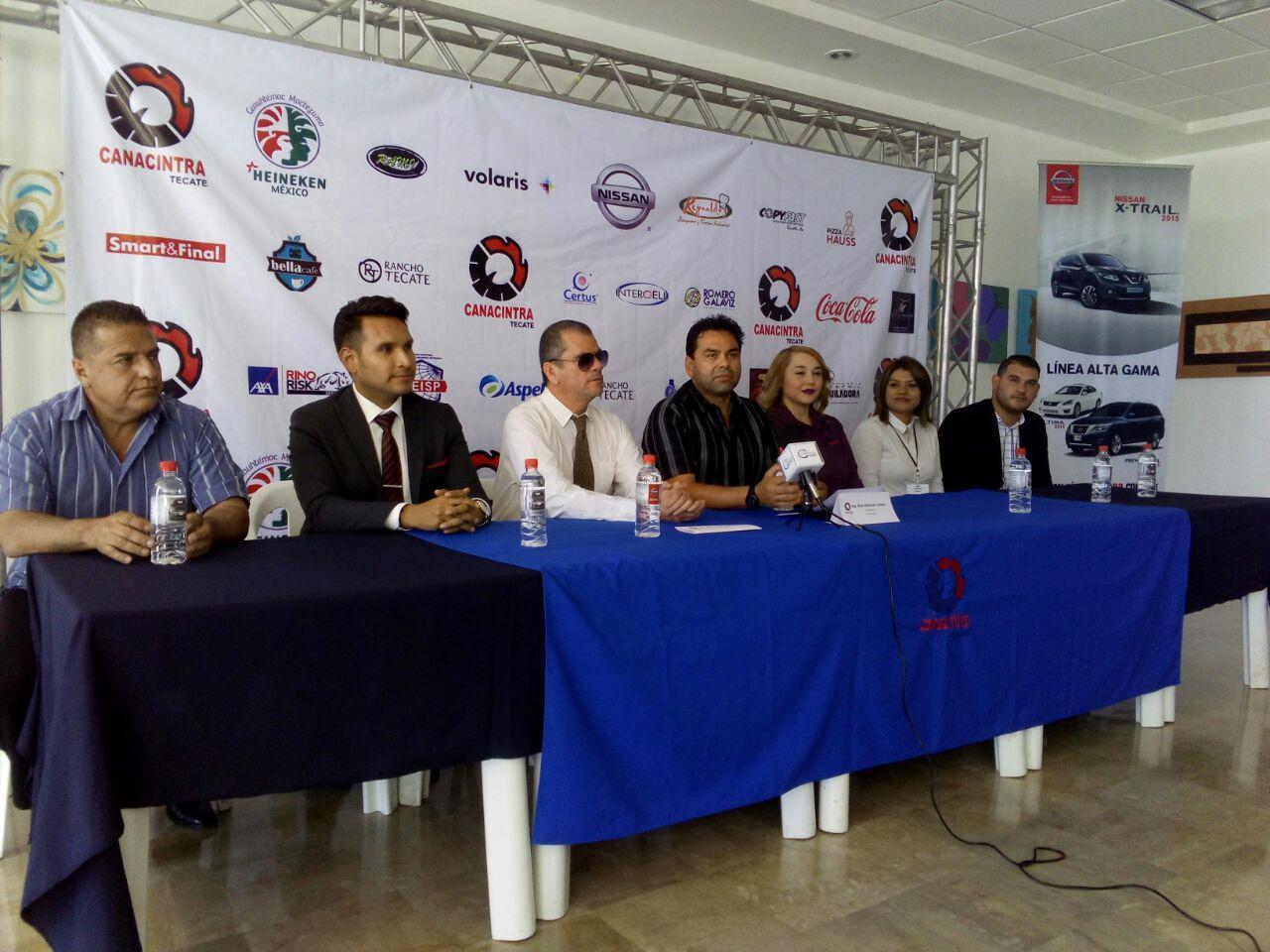 Asiste a la Expo Convivencia Empresarial Canacintra 2016