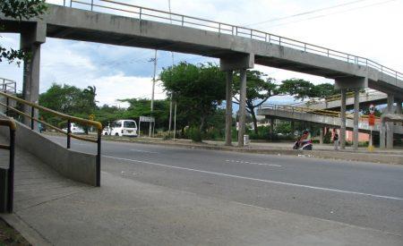 Si te atropellan por no usar puente peatonal, ¿pagas multa?