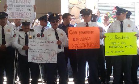 Alcalde invirtió 22 mil dólares en la compra de una bombera