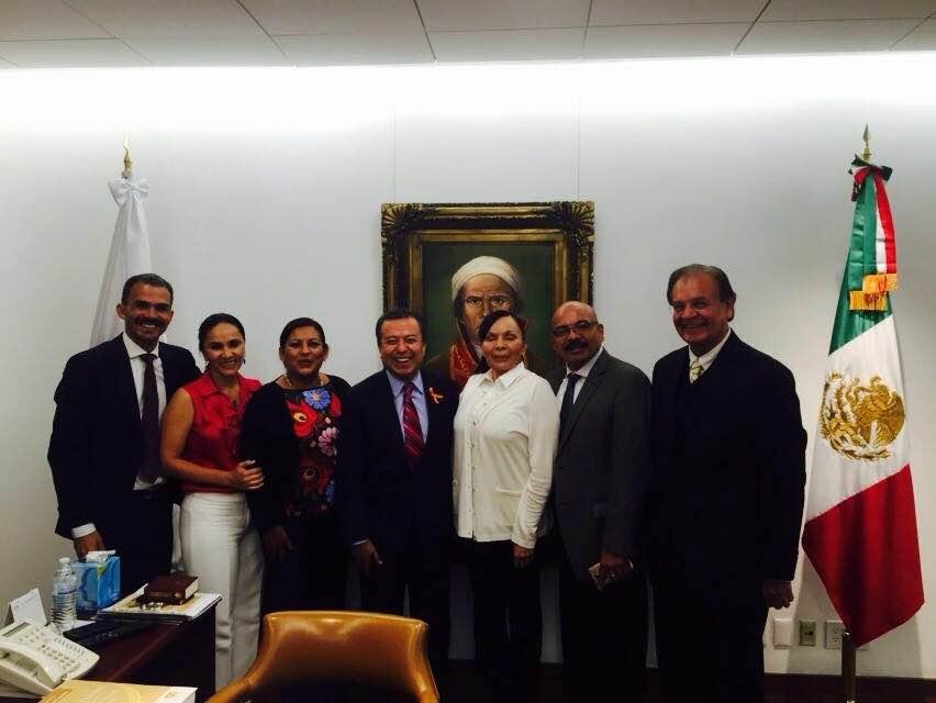 Nereida Fuentes promueve proyectos antes legisladores federales