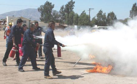 Capacitan a empleados de CESPTE en prevención y manejo de incendios