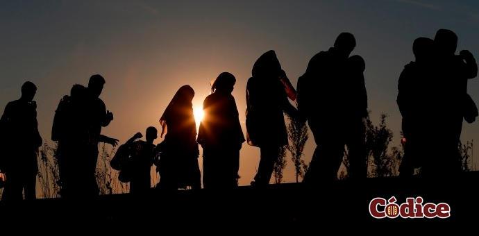"""El gobernador Francisco """"Kiko"""" Vega busca mejorar la atención a migrantes"""