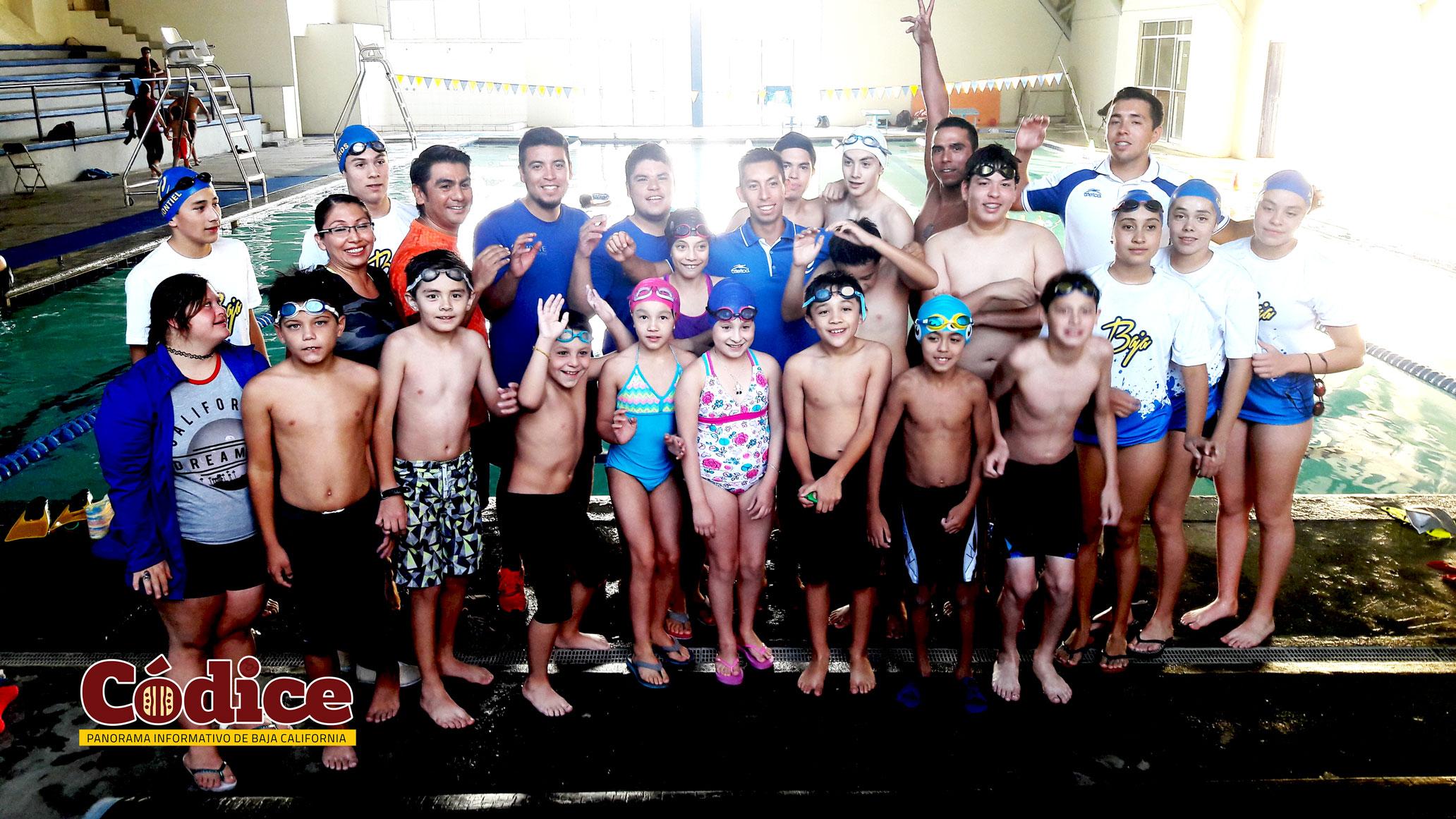 Nadadores representan a Tecate a nivel estatal en Acuatlón Playero