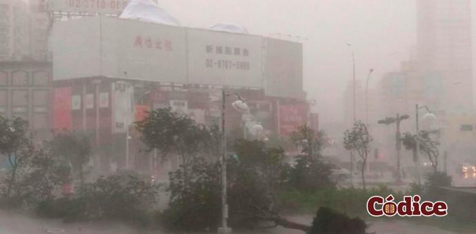 29 muertos y 15 desaparecidos dejó a su paso el tifón