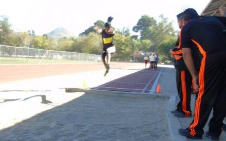 Se realiza etapa municipal de juegos deportivos en la disciplina de atletismo nivel primaria