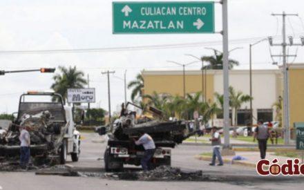 Peña Nieto arriba a Culiacán por la muerte de 5 soldados
