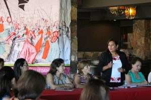 Nereida Fuentes conjunta experiencia y liderazgo de las mujeres