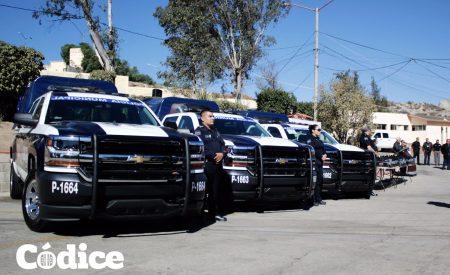 Equipan a policías de Tecate