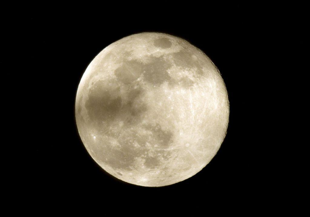 Luna más grande y brillante de los últimos 68 años