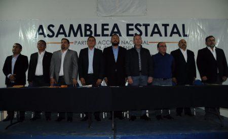 Rinden protesta dirigentes municipales del PAN
