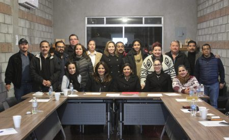 Se reune alcaldesa de Tecate con la CANACO