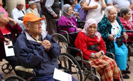 Modifican reglas de operación del programa de adultos mayores