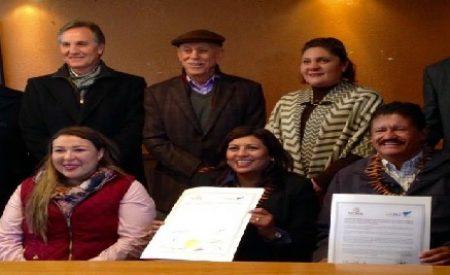 Firman hermanamiento los Pueblos Mágicos:Tecate y Todos Santos