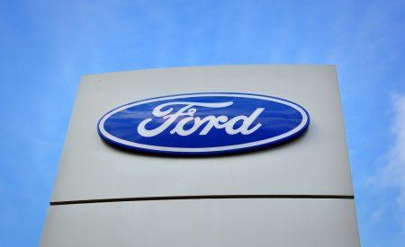 Empresas mexicanas 'rompen' con Ford, tras cancelación de planta