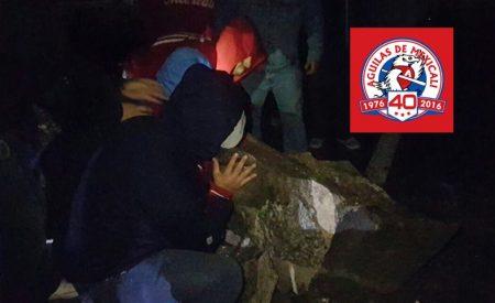 Contribuyen Águilas de Mexicali en el retiro de rocas en La Rumorosa
