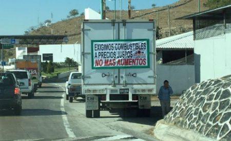 Enérgica SCT ante bloqueos en carreteras por gasolinazo