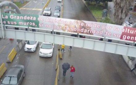 #UnasHorasPorMéxico da mensaje en la frontera con EU