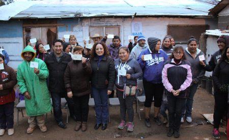 Entregan apoyos sociales por casi 200 mil pesos a familias tecatenses