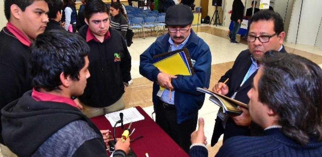 Realiza Gobierno del Estado XIV Concurso Municipal de Creatividad Tecnológica en CECyTE BC