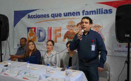 Entrega DIF Rosarito apoyos funcionales a personas con discapacidad
