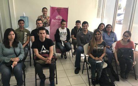 Otorga Patricia Ríos becas educativas