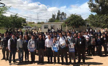 """Entregan beca """"Transporte Joven BC"""" a estudiantes tecatenses"""
