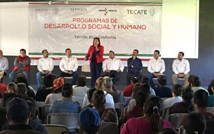 Entregan certificados para mejorar vivienda a tecatenses