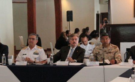 No bajaremos la guardia contra la delincuencia: Gobernador Francisco Vega