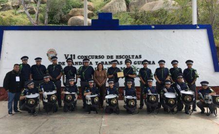 Llevan a cabo concurso de escoltas y bandas de guerra en Tecate