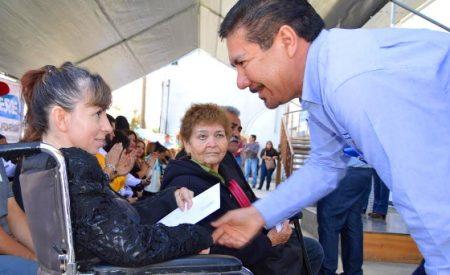 Entrega Gobierno del Estado constancia de registro y de condonación del pago de agua a 49 OSC´S de Tecate