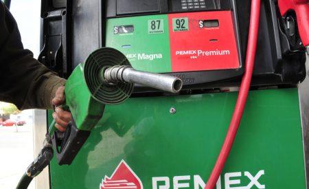 4 de cada 10 gasolineras en el país no da 'litros  de a litro'