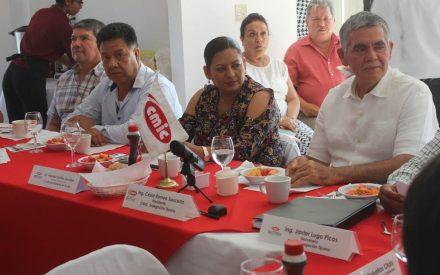 Firman convenio de colaboración Ayuntamiento de Tecate y CMIC