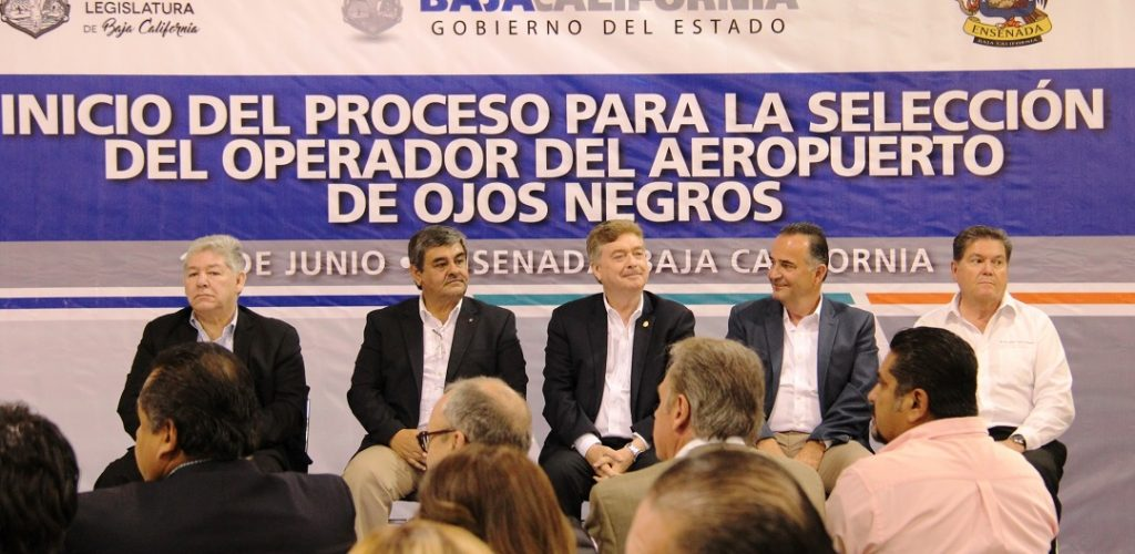 Aeropuerto de Ojos Negros será una realidad: Francisco Vega de Lamadrid