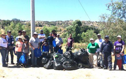 Contribuye CESPTE en limpieza del cauce del Río Tecate