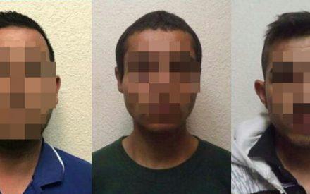 Detienen a tres sujetos en Tecate