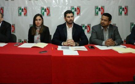 """""""Respalda PRI la lucha del magisterio de BC"""""""