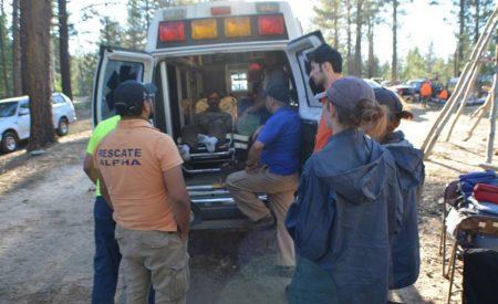 Rescatan a senderistas estadounidenses en Picacho del Diablo